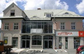 Projekt przebudowy budynku handlowo - usługowego z apteką w Andrychowie przy ul. Krakowskiej - REALIZACJA 2